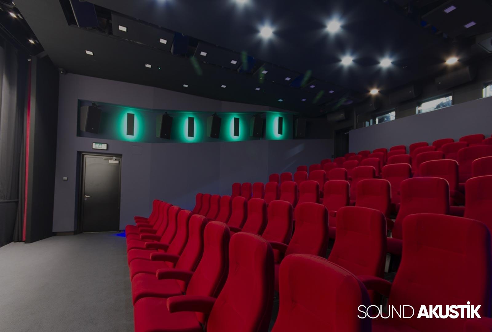 konferans salonu akustiği